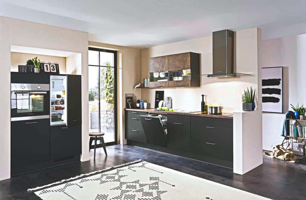 L Küche modern Schwarz mit Rostelementen