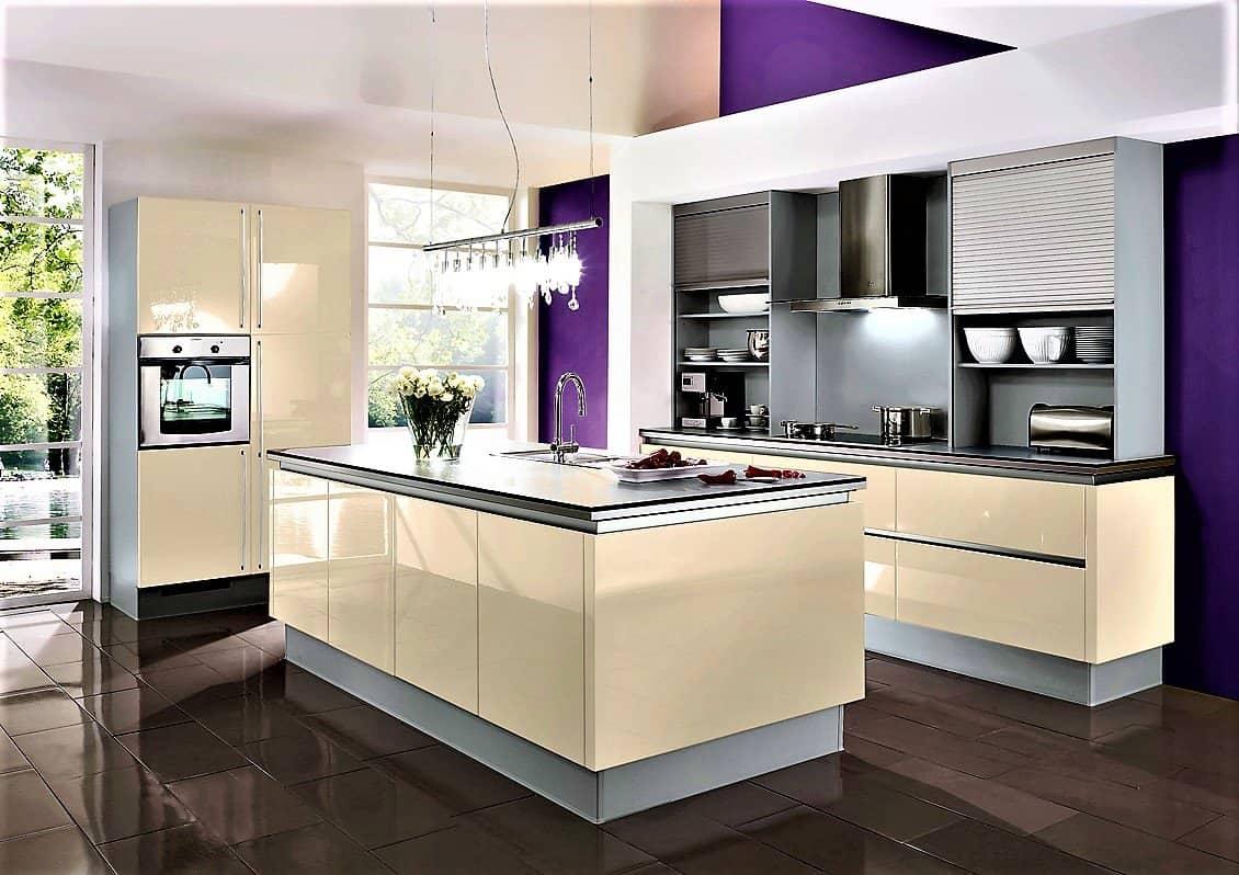 Küche Brombeerfarben   Lila Kuchen Auf 7000m2 Austellungsflache Gunstig Kaufen Kuchen Borse