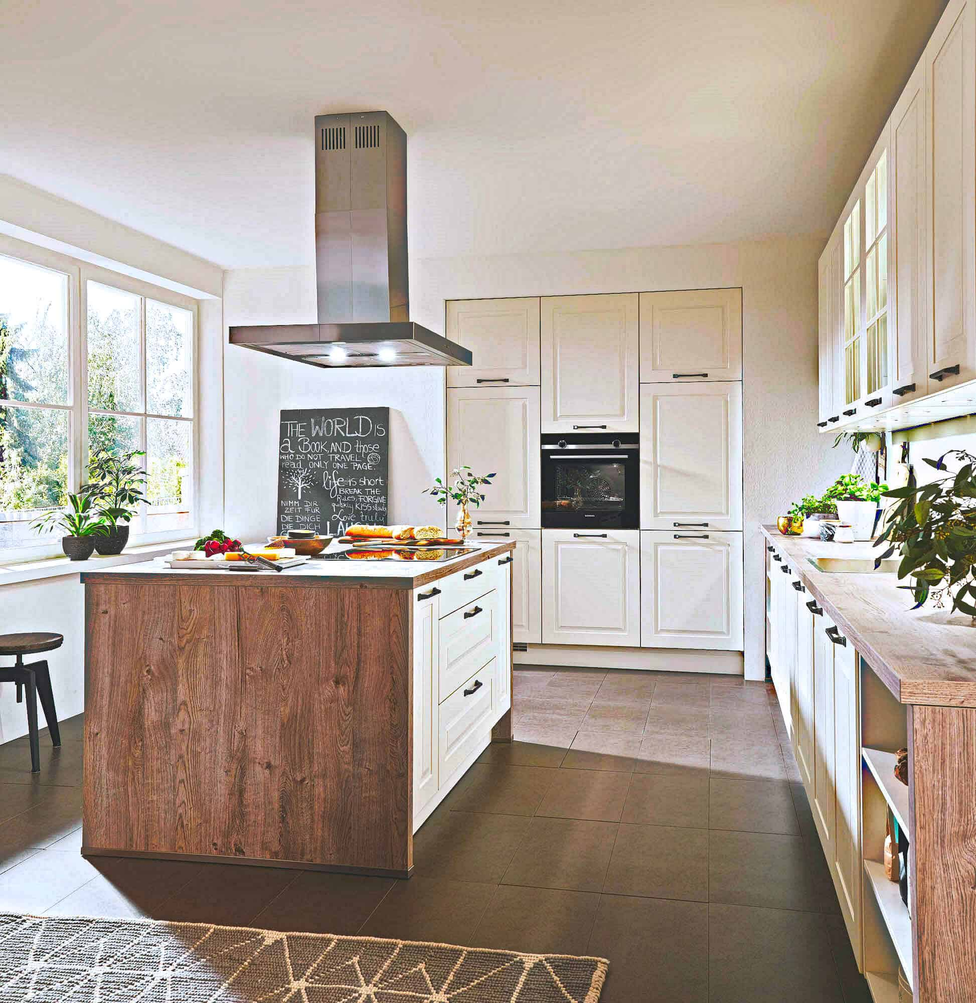 Landhausküchen modern oder klassisch - lieferbar nach nur 10 Tagen -