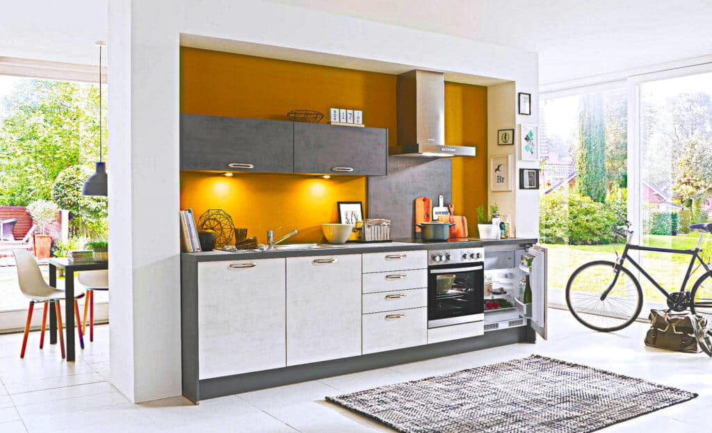 Weiß / Graue Küchenzeile