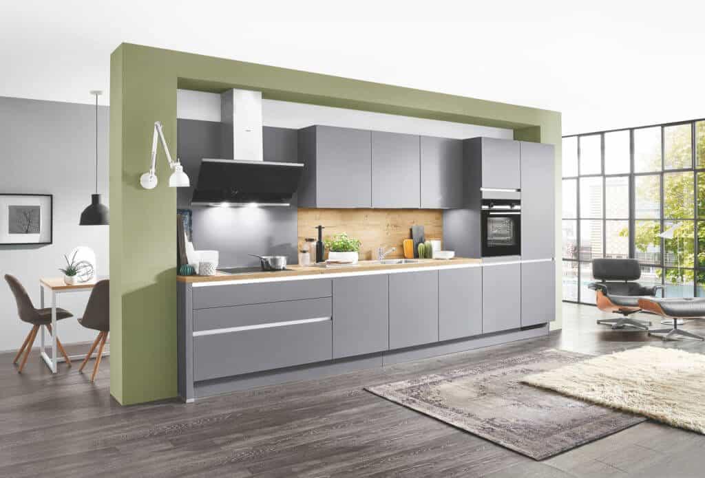 Küchenzeile in Grau