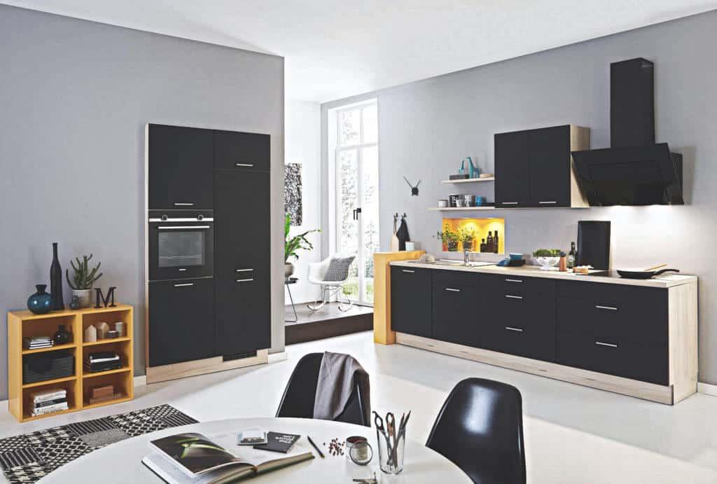 L Küche Schwarz in Matt