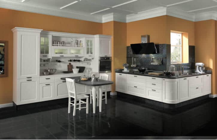 ARAN Imperial L Küche mit Wandschrank Esche weiß
