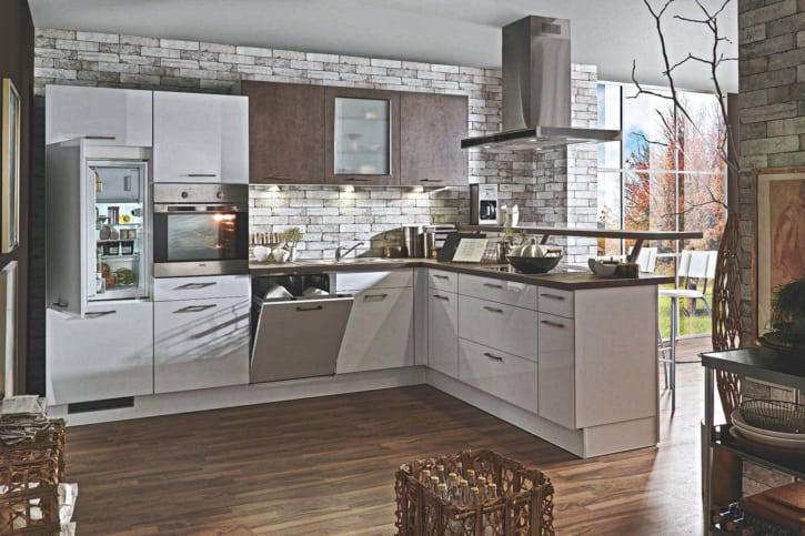 Polarweiß Kupferbronze L Küche 1