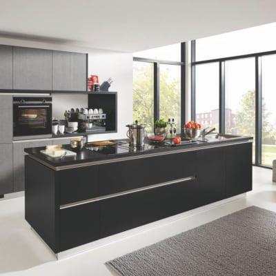 Grifflos Küche schwarz Lack 55