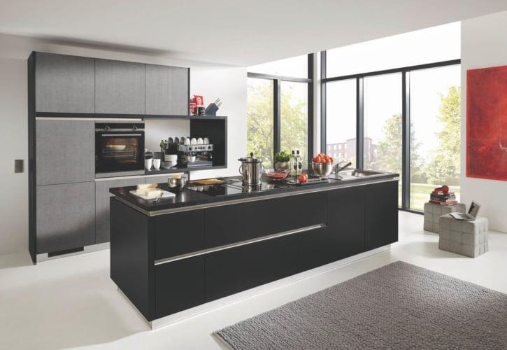 Grifflos Küche schwarz Lack 1