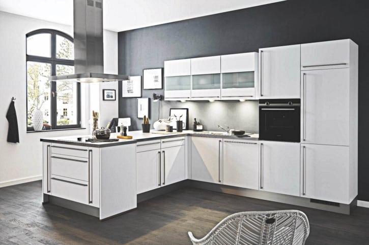 L Küche weiß matt 1