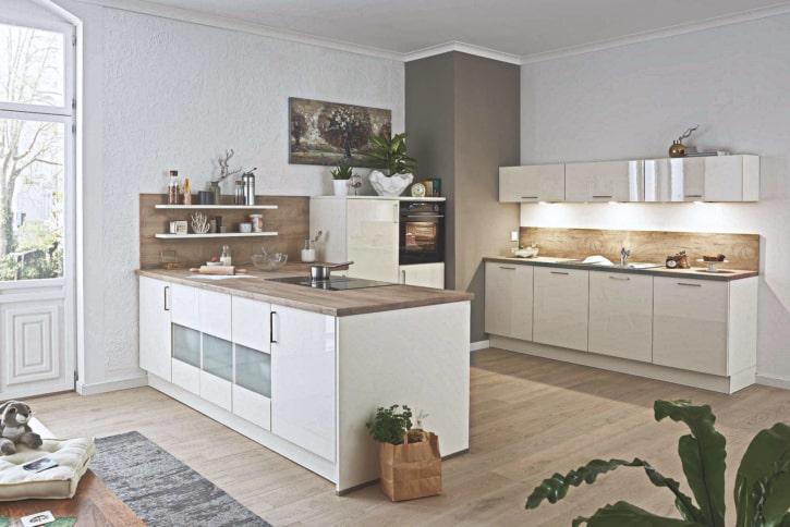 Große U Küche weiß Lack Salbei 1