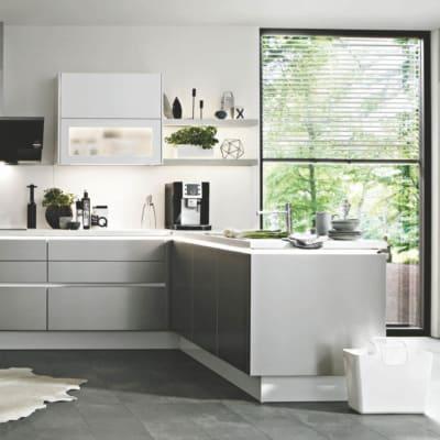 Große Alpinweiße Stahl Nobilia L Küche 13