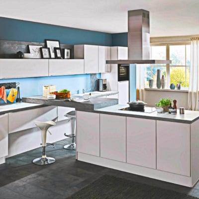Große Küche seidengrau 15