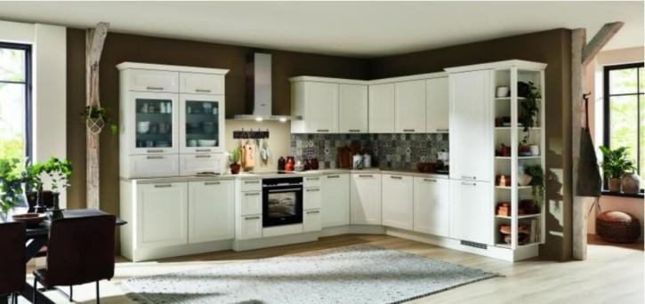 Große Landhaus Küche Weiß 1