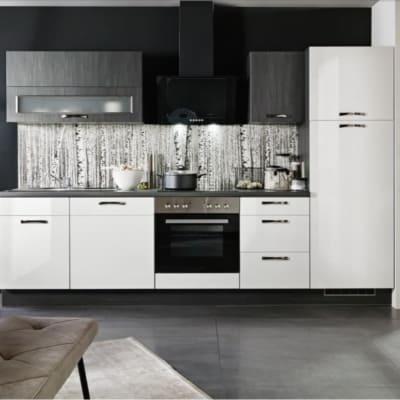 Küchenzeile Weiß glänzend mit Black burned Elementen 22