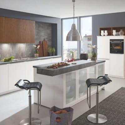 Moderne Weiß Seidenmatt/Scuro U Küche mit Mittelinsel 35