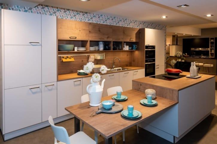 Nolte Küche Lichtgrau Steineiche mit Mittelinsel 1