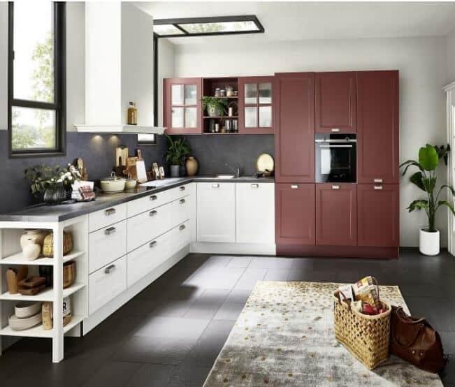 Nolte moderne Landhaus Küche Weiß Hennarot 1