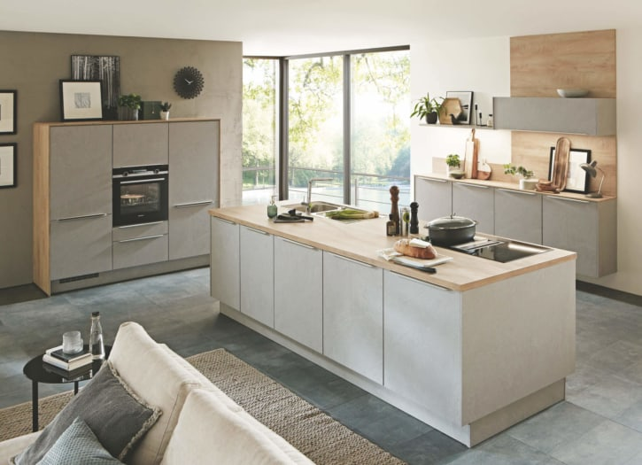 Steingraue Design Nobilia Inselküche 1