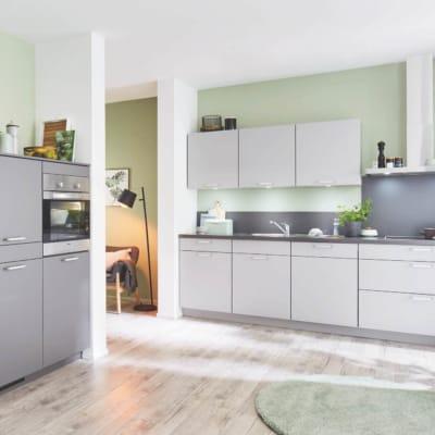 Steingraue L Küche mit Schiefermotiven 3