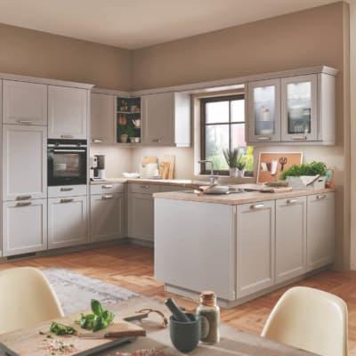 Steingraue Landhausküche U Form 21