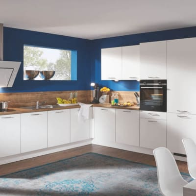 Weiße Große Perlstruktur L Küche mit E-Geräten 30