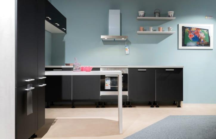 Burger Ella L Küche in Schwarz