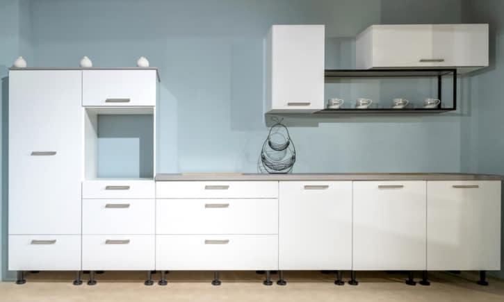Küchenzeile Burger Polarweiß Concrete Grey