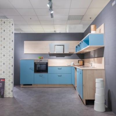 Nolte Winkelküche in Hellblau